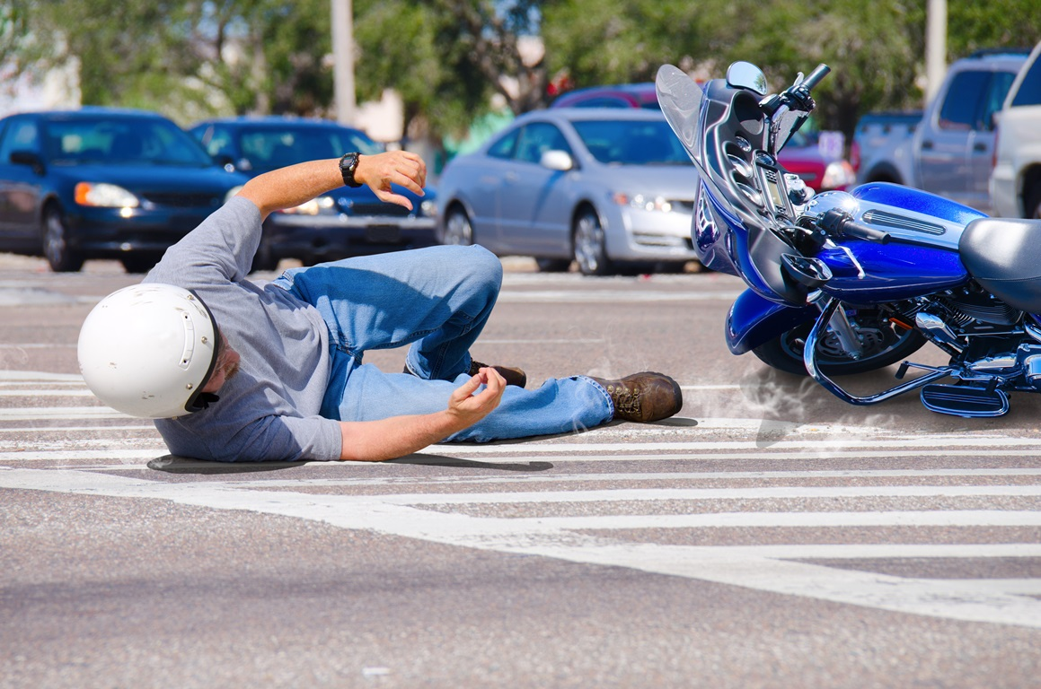 man falling off motorcycle.jpeg